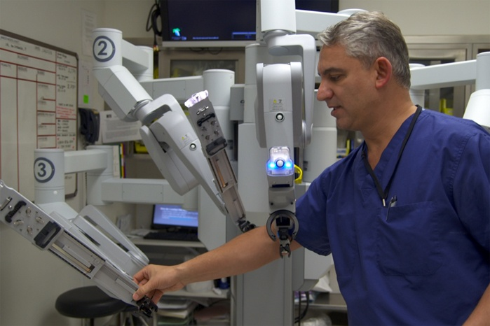 da-vinci-robotic-prostatectomy.jpg